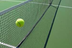 研究称网球等球拍运动有助降低死亡风险