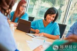 2万名医生开始使用经纪人服务 背后集团化运营
