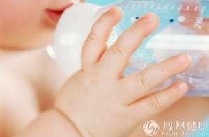 两洋奶粉工厂被暂停注册资格 奶粉监管日趋严格