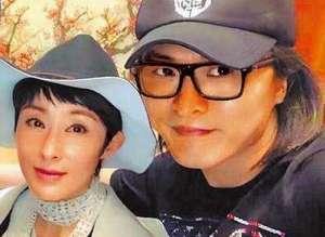 """张敏与新欢同框 """"姐弟恋""""也甜蜜否包养男方传闻对方是导演?"""