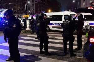 韩旅行团巴黎遭抢 网友:希望在法国的中国游客注意安全