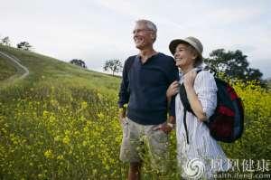 网传养老金上涨版本不实 多地表示政策正在制定